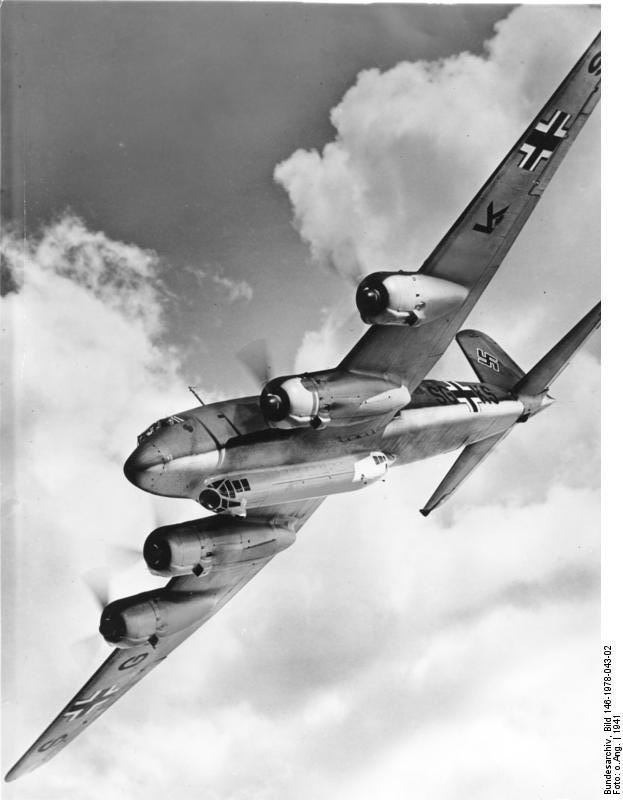Bundesarchiv Bild 146-1978-043-02, Focke-Wulf Fw 200 C Condor